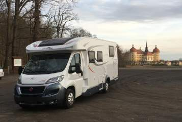 Hire a motorhome in Döbeln from private owners| Roller Team  Max
