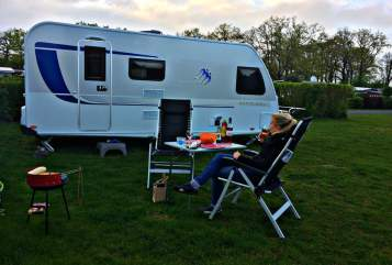 Hire a motorhome in Höxter from private owners| Knaus Zugvogel