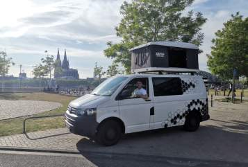 Hire a motorhome in Köln from private owners  VW Hans