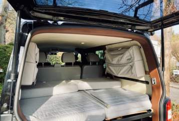 Hire a motorhome in Starnberg from private owners  Volkswagen Leopold