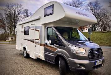 Hire a motorhome in Bielefeld from private owners| Nobel Art  WoMöglich