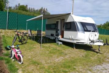 Hire a motorhome in Werdohl from private owners| Hobby Ella