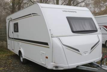 Hire a motorhome in Quakenbrück from private owners  Weinsberg 500FDK