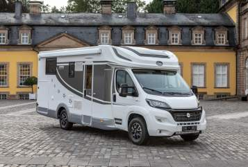 Hire a motorhome in Düsseldorf from private owners| Miller 1168