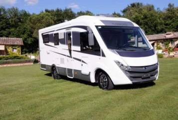 Hire a motorhome in Offenbach am Main from private owners  Mobilvetta Mobilvetta