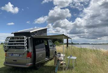 Hire a motorhome in Hamburg from private owners| VW Tejo
