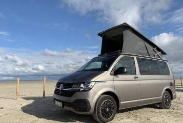 Hire a motorhome in Hamburg from private owners| VW Hörnum