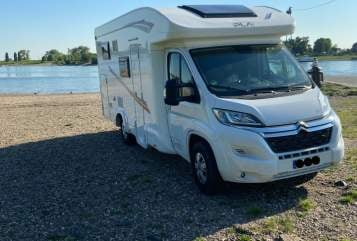 Hire a motorhome in Düsseldorf from private owners| Pla Jörgs PLA