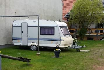 Hire a motorhome in Zehdenick from private owners| Hobby  Karlchen