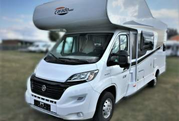 Hire a motorhome in Braunschweig from private owners| Carado Bella Ciao 2