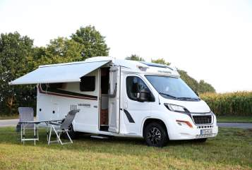 Hire a motorhome in Harsefeld from private owners| Weinsberg Betty