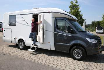 Hire a motorhome in Stuhr from private owners  Mercedes Hymer Tramp S 685 Mercedes Tramp