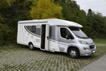 Hire a motorhome in Ahnatal from private owners| Miller Miller Nevada