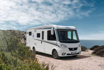 Hire a motorhome in Starkenberg from private owners| KNAUS KNAUS VAN I 550