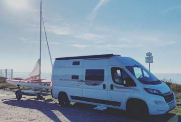 Hire a motorhome in Bremen from private owners| Rollerteam  Vanlife