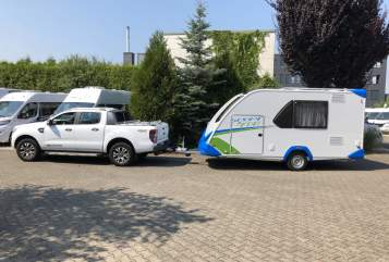 Hire a motorhome in Euskirchen from private owners| Knaus Knaus Sport&Fun