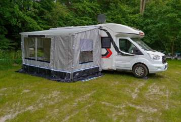 Hire a motorhome in Duisburg from private owners| Challenger Schnecke Neu*