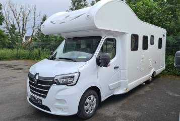 Hire a motorhome in Essen from private owners| Ahorn Modell 2020 (ganz neues Renault Chassis) Dream Canada