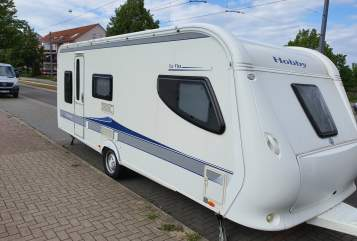Hire a motorhome in Erfurt from private owners| Hobby Hobby La Vita