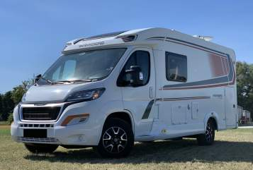 Hire a motorhome in Königsbrunn from private owners  Weinsberg Pepper TWO