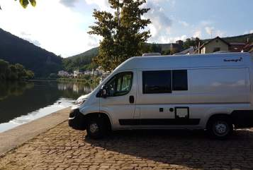 Hire a motorhome in Neckargemünd from private owners| Fiat Ducato Sunlight Sunny