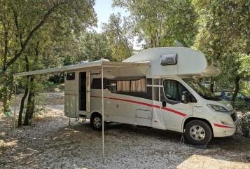 Hire a motorhome in Hochdorf from private owners| Sunlight Leopold