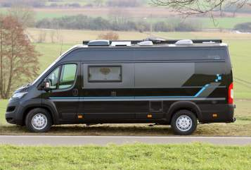 Hire a motorhome in Bad Neuenahr-Ahrweiler from private owners| Bravia Bobby
