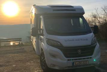 Hire a motorhome in Leipzig from private owners| Hobby Hunde-Mobil