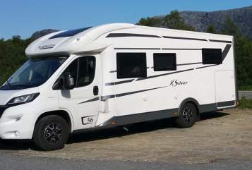 Hire a motorhome in Woltersdorf from private owners| Mobilvetta Camper K Silver