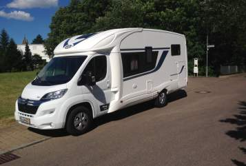 Hire a motorhome in Magdeburg from private owners| PLA Elbebiber