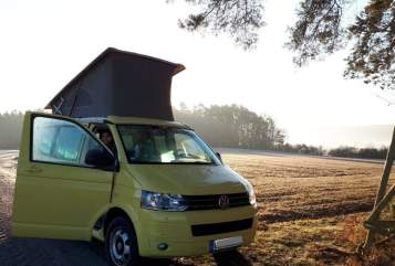 Hire a motorhome in Freiburg im Breisgau from private owners| VW VW California