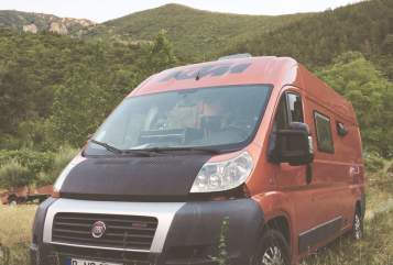 Hire a motorhome in Offenbach am Main from private owners  Fiat Ochi