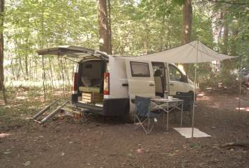 Hire a motorhome in Duisburg from private owners| Peugeot Minni.Max