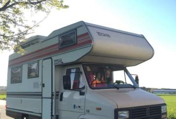 Hire a motorhome in Brunnthal from private owners| Peugeot July