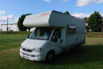 Hire a motorhome in Hamburg from private owners| Fiat Ducato Dethleffs Addy
