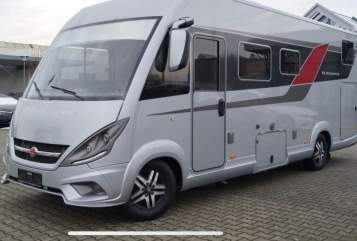 Hire a motorhome in Radebeul from private owners| Bürstner Elegance