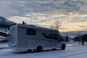 Hire a motorhome in Rheinstetten from private owners| Sunlight Pearl