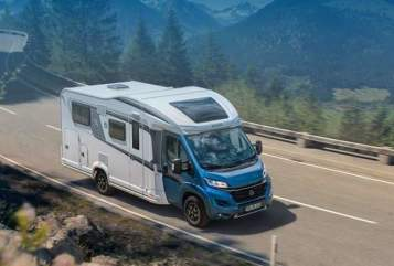 Hire a motorhome in Sassenberg from private owners| Knaus Sky Wave