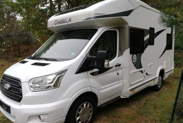 Hire a motorhome in Schwielowsee from private owners| Chausson Felix