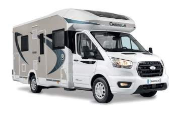 Hire a motorhome in Rohrdorf from private owners| Chausson Starliner