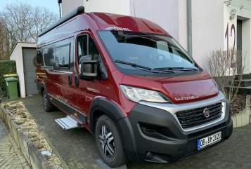 Hire a motorhome in Oberhausen from private owners| Pössl bed-mobil neu