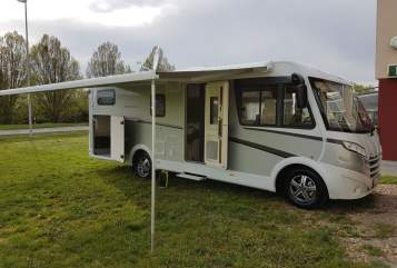 Hire a motorhome in Limburg an der Lahn from private owners| Dethleffs  Advantage
