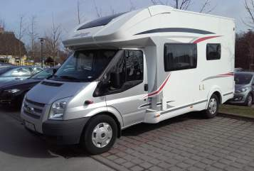Hire a motorhome in Wentorf bei Hamburg from private owners| Chausson/Ford Kuschelkiste