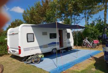 Hire a motorhome in Viersen from private owners| Hobby Hobby