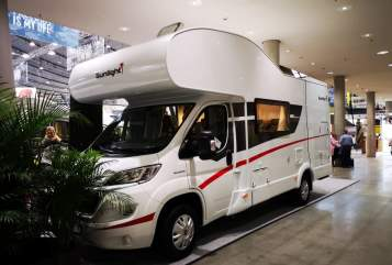 Hire a motorhome in Nördlingen from private owners| Sunlight ChilliWilli