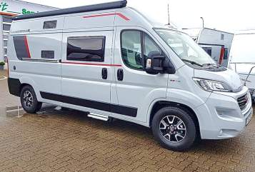 Hire a motorhome in Dresden from private owners  Roller Team  Livingstone 2