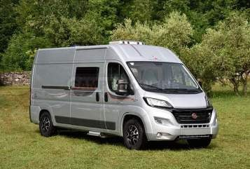 Hire a motorhome in Bad Tölz from private owners| ROLLERTEAM MILA