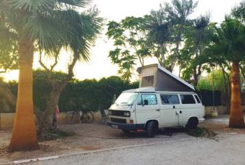 Hire a motorhome in Wesseling from private owners| VW T3 Der Dicke