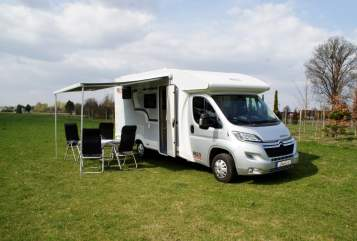 Hire a motorhome in Ingolstadt from private owners| Bela easy Dagi