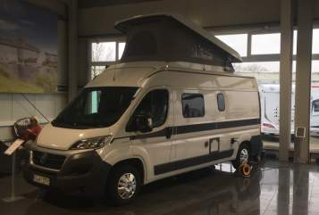 Hire a motorhome in Quickborn from private owners| Hymercar Yosy